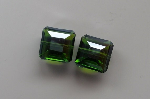 Square Chinese Crystal Bead Olive Glass Beads (cc-Sq-Olive) 2 beads