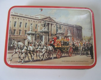 Vintage Tin Cookie Candy England Bensons Buckingham Palace