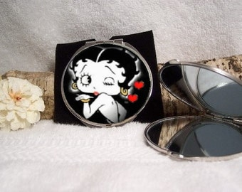Betty Boop Hearts Compact Mirror silver tone with pouch