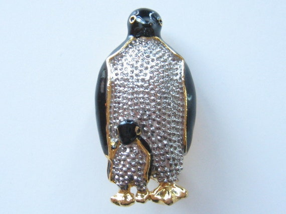 Vintage Penguins Pin Pendant Happy Feet Mother & Baby