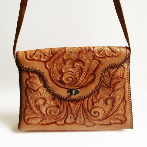 tooled leather bag / 70s 1970s hippie purse / large tooled purse / vintage bag / whipstitch bag
