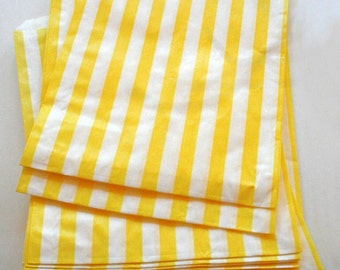 Set of 250 - Traditional Sweet Shop Yellow Stripe Paper Bags - 10 x 14 New Style