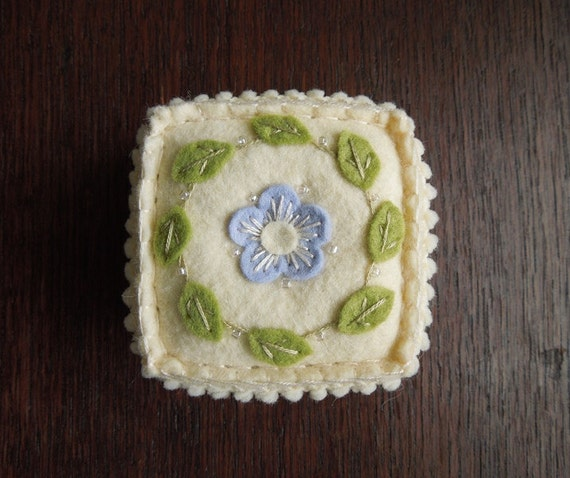 Embroidered Felt Flower Pincushion Buttercream and Periwinkle