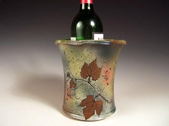 Grape Vine Spoon Jar,Wine Holder or Vase , 64 ounce