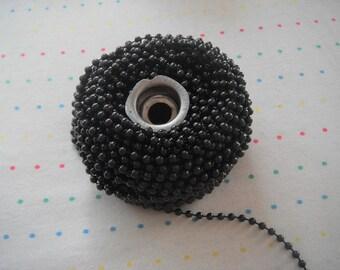 Small Black Pearl Trim, 4 mm - 12 Yards