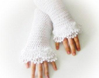 Fingerless Gloves , White, Bridal, Bride, Elegant, Shabby, Chic, Lace gloves, Mittens, Elegantly, Winter,  Wedding gloves, Bridal gloves