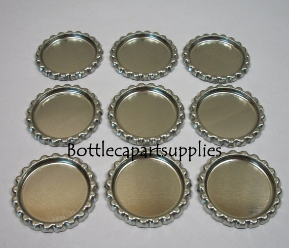 100 pc Flat Silver Chrome Linerless  Bottle Caps for Crafts  New No Liners