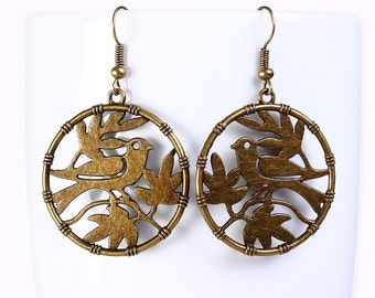 Antique brass  bird drop dangle earrings (559) - Flat rate shipping