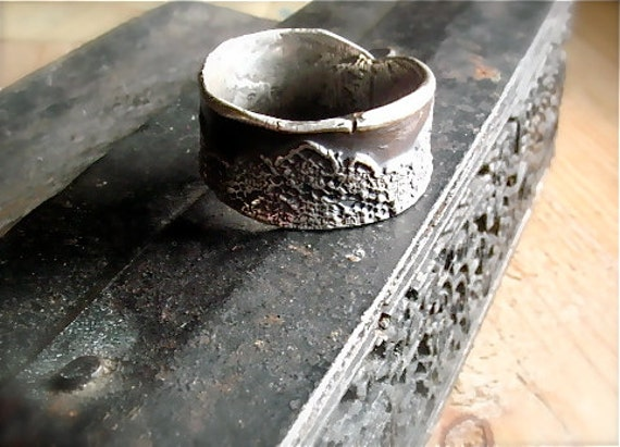 silver lace ring : modern victorian, rustic, old world jewelry, size 8 - one of a kind
