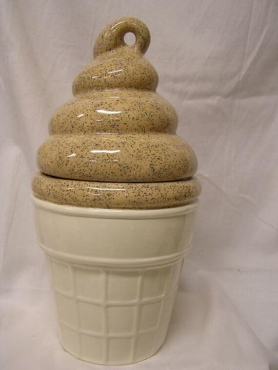 Mocha Delight Crunchy Cream Cookie Jar