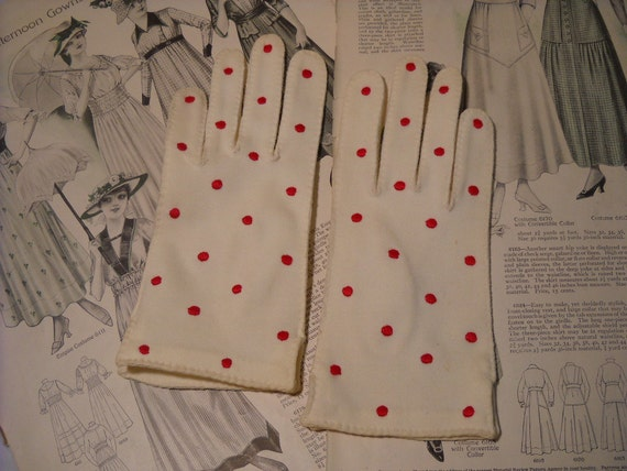 Pair Vintage Ladies White Fabric Gloves Red Dots