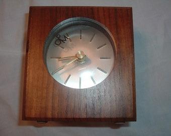 VINTAGE walnut finish quartz clock made by tochigi tokei co. ltd