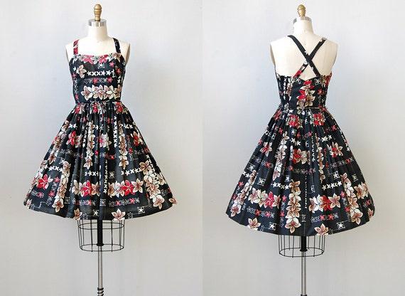 vintage 1950s dress / vintage 50s bombshell dress / tiki print dress / vintage sundress