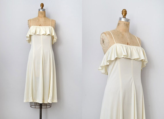 vintage 1970s cream ruffled sundress