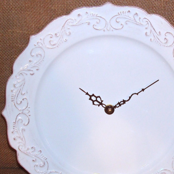 Wall Clock Antique White Swirly Shabby Chic Ceramic Plate Wall Clock No. 915 (11-1/4 inches)