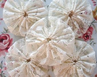 15 Handmade Cream Lace Yo Yo Suffolk Puff Fabric Decorations