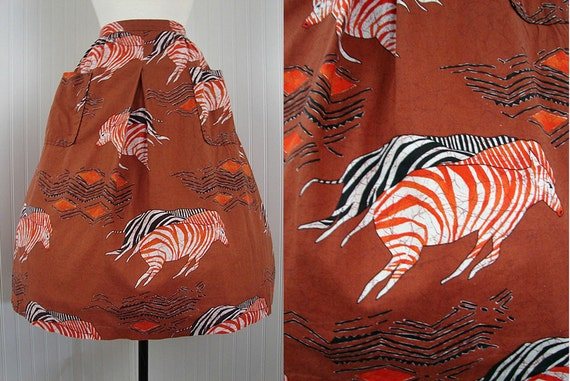 1950s Skirt - 50s Vintage Novelty Print Zebras Tribal Brown Cotton Full Skirt M - Tanzania at Sunset