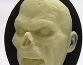 """SALE! Zombie """"BRAINS"""" Cameos 40x30mm, set of 4 in Ivory on Black"""