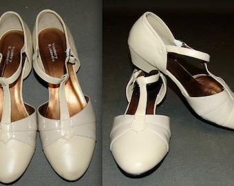 Vintage Strappy Sandals size 7 - 7.5