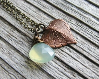 Leaf Briolette Necklace Copper Leaf Charm Minimalist Green Chalcedony Modern Fresh Nature Inspired Botanical Jewelry