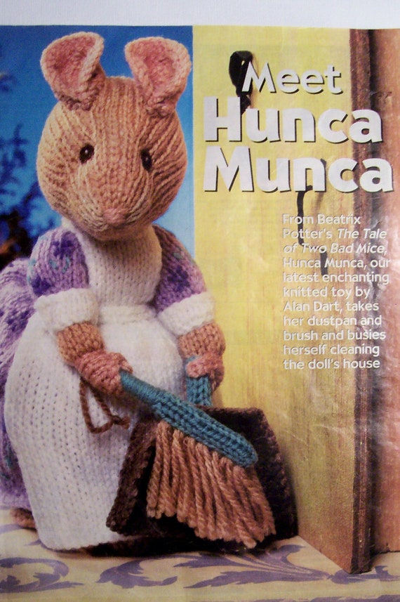 Alan Dart Free Knitting Patterns : Alan Dart Hunca Munca Knitting Pattern by cape2830 on Etsy
