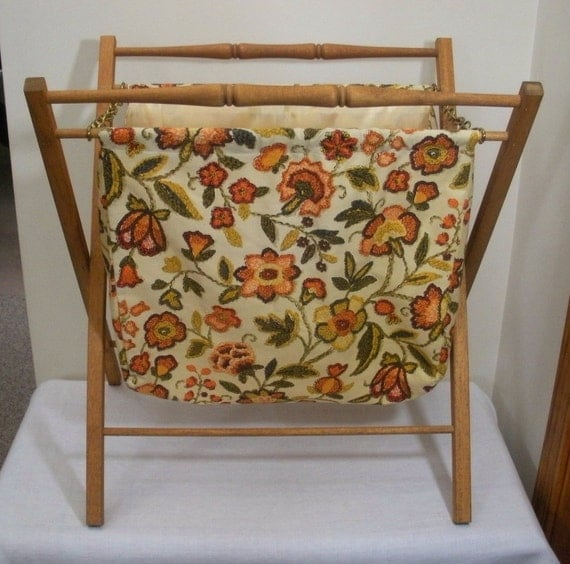 Knitting Bag Stand : Vintage folding knitting yarn or sewing bag by