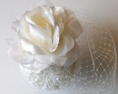 Handmade Ivory bridal wedding fascinator.