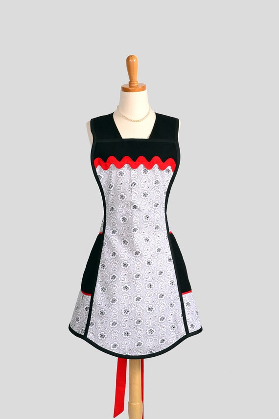 Vintage Inspired Apron / Black and White with a Pop of Red