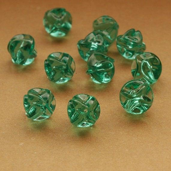 11 vintage plastic beads, aqua blue