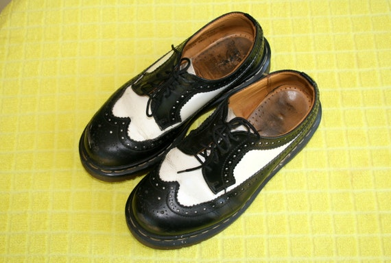 Dr Martins Leather Shoes UK 5 Womens US 8.5 Black and White SPECTATOR Brogues