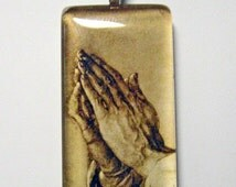 Praying Hands pendant with chain - GP01-528