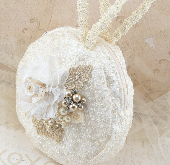 Ivory Round Purse, Gold, Tan, Champagne, Vintage Style,  Handbag, Wristlet, Round, Bridal, Wedding, Lace, Crystals, Brooch, Pearls, Gatsby
