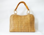 Vintage Straw Handbag Beach Bag Tote Wooden Handles