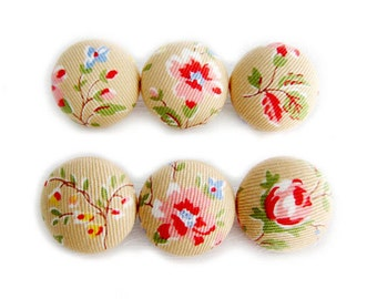 Sewing Buttons / Fabric Buttons - Floral on Tan - 6 Medium Buttons