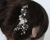 A. Pearl White Pearl Floral Bridal  Comb,  Wedding accessories Flower  White  Fascinator Headpiece Bride hair piece