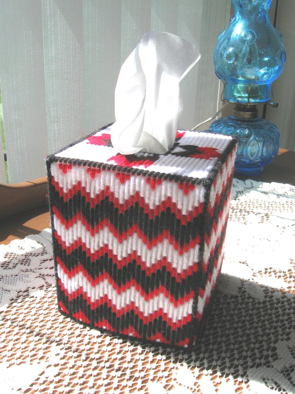 Plastic Canvas Boutique Tissue Box Cover Red  Black  White
