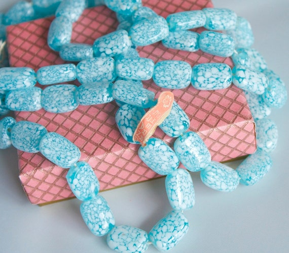 1 Strand of RARE Vintage 1940s / 50s Blue Glass Beads, Made in Occupied Japan