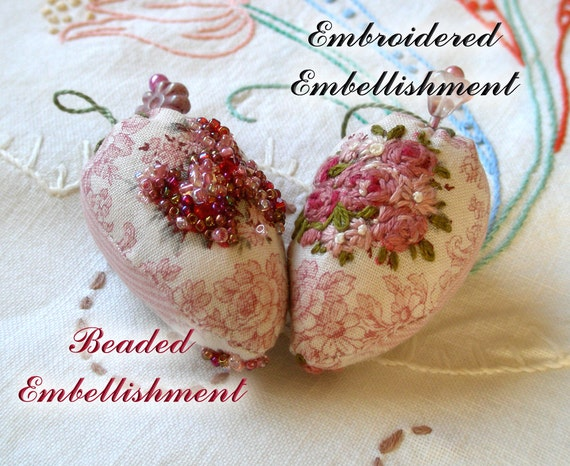 Deluxe Strawberry Emery Pin Cushion- Pretty Rose Bouquet