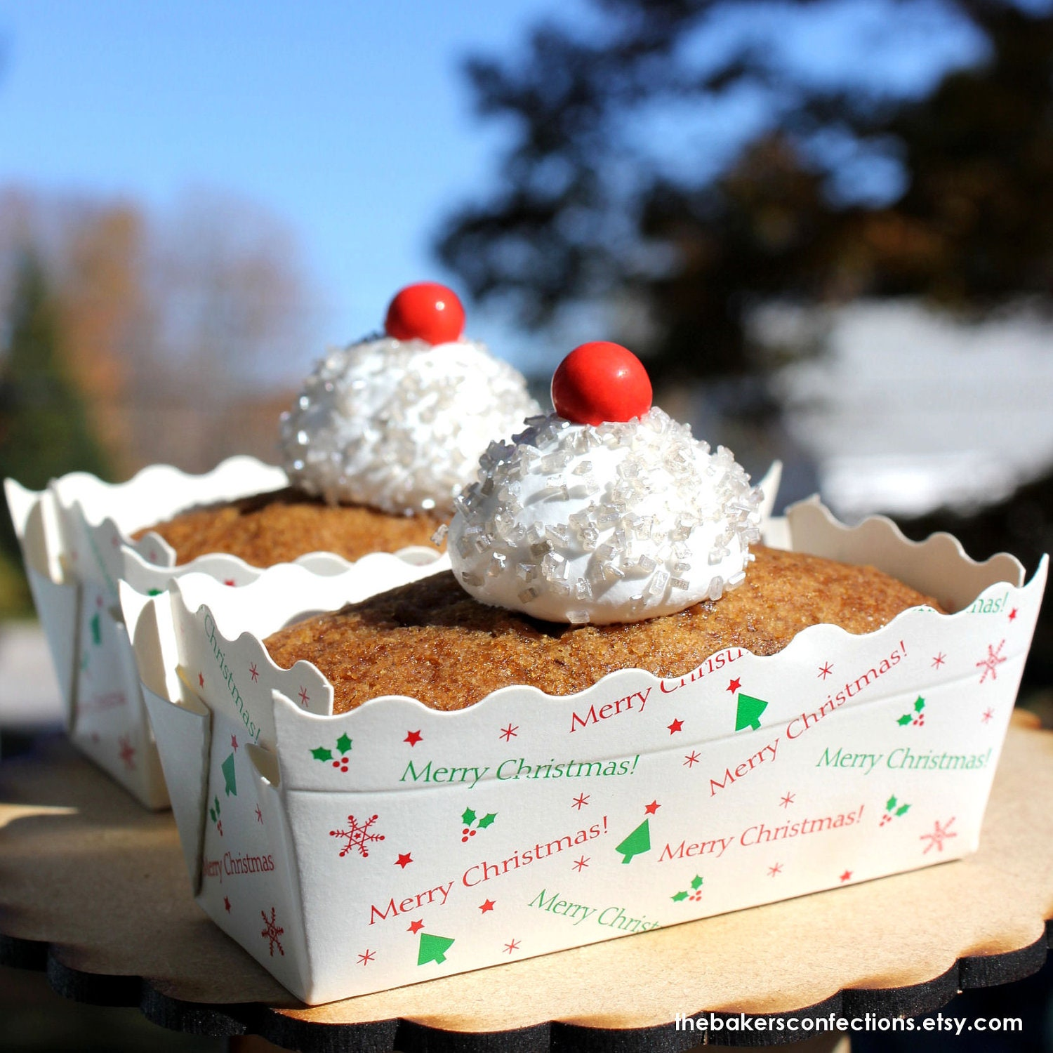 Mini Christmas Paper Loaf Baking Pans In White With Merry