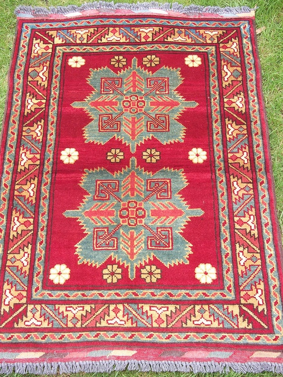 Pretty Smaller Snowflake 3 x 2  Handwoven Kargai kilim/rug/carpet from Afghanistan.