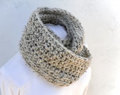 Wool Infinity Scarf  * Choose color  *  Pequenita *  Men *  Women - by Tejidos on Etsy * Crochet Circle Scarf
