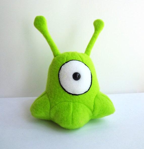 Small plush alien
