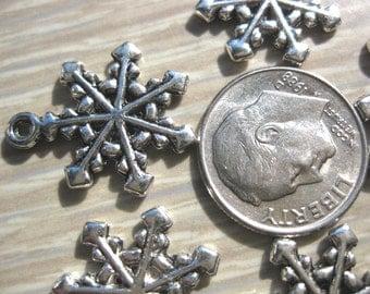 Snowflake Charm Tibetan Silver Jewelry Supply 5 pieces
