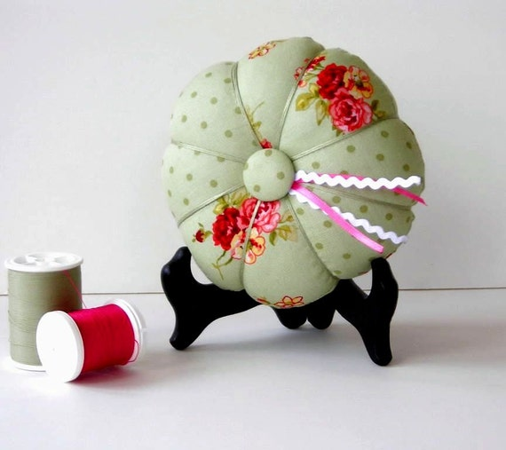 Green and Pink Pincushion - Floral Pin Cushion - Needle Holder - Sewing Accessory - Needlecrafting
