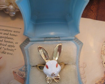 "Vintage Ring Case c.1940 Dennison USA Holding Mod Enameled ""Alice In Wonderland"" Bunny Ring"