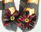 Slipper Socks - Grey with pink and grey bows / butterflies