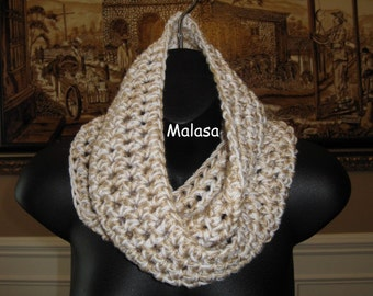 Choice your Color Tunnel Cowl Neckwarmer in BEIGE / CREAM / OATMEAL