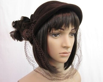 1940s Brown Velour Hat with Feathers and Netting