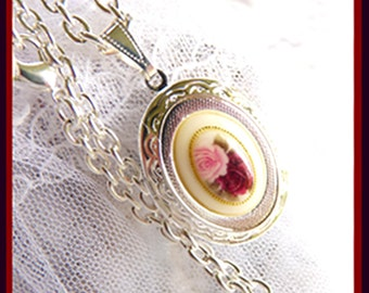 CLEARANCE  Old Fashioned Rose - Sterling Silver - Locket - Great Gift For That Special Someone - Necklace  DC 8063