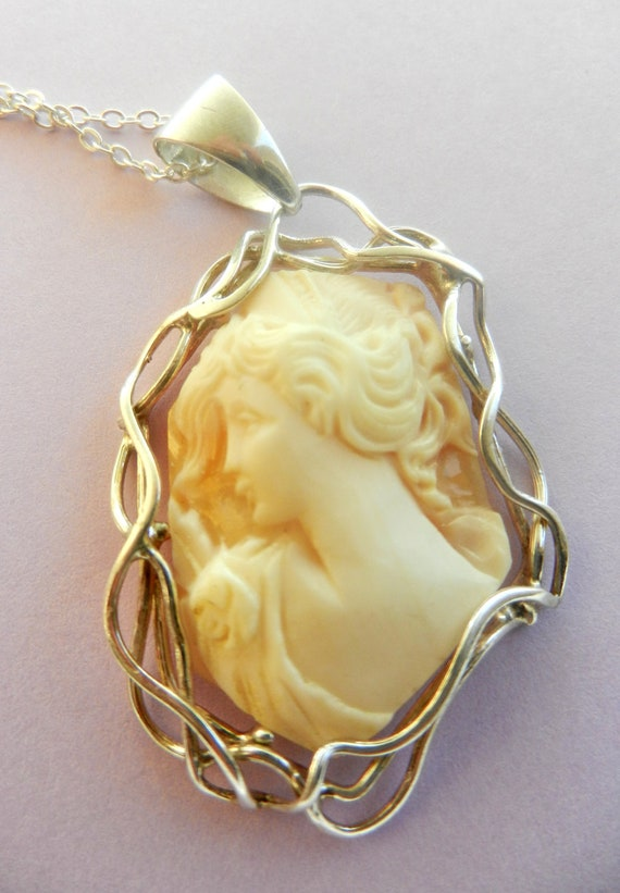 1960 Cameo, Italian, from Naples-vintage high quality -in genuine stone sardonyx,  pendant- Sardonic CAMEO --Art. 183/2 -